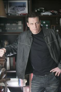 Holt Mccallany famous for character roles in Jade, fight club, three kings, bullet to the head, etc. Holt Mccallany, Bullet To The Head, Black Dagger Brotherhood, Harrison Ford, Fight Club, Dwayne Johnson, Simple Pleasures, American Actors, Actors & Actresses