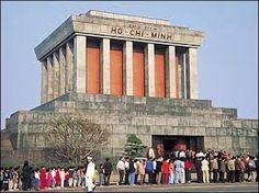 Ho Chi Minh Mausoleum - Trip Hanoi