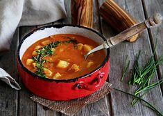 Jemná bramborová polévka recept - TopRecepty.cz Potato Soup, Thai Red Curry, Potatoes, Treats, Traditional, Cooking, Health, Ethnic Recipes, Food