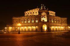 Wellness Exclusive und Citytrip in einem in Dresden: 2 Tage im 5-Sterne Hotel mit Frühstück und City Map ab 85 € (Normalpreis 110 €) - Urlaubsheld | Dein Urlaubsportal
