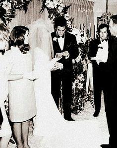 Elvis Presley Memories, Elvis Wedding, Robert Sean Leonard, Elvis And Priscilla, Second Weddings, May 1, Graceland, Rare Photos, Historical Photos