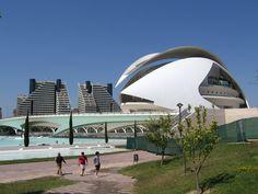 Ma passion pour l'architecture de Santiago Calatrava.  #SantiagoCalatravaArchitecture Pinned by www.modlar.com