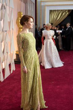Emma Stone op die rooitapyt by die die Oscars. Foto: Richard Harbaugh / ©A. Emma Stone Style, Bridesmaid Dresses, Wedding Dresses, Elie Saab, Lady Gaga, Movie Stars, Red Carpet, Awards, Formal Dresses