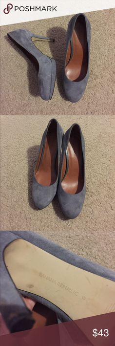 Banana Republic pumps Some wear but still in great shape overall no major flaws Banana Republic Shoes