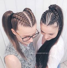 36 Pretty Chic Braided Hairstyles For Every Hair Type braids;easy braids… 36 Pretty Chic Braided Hairstyles For Every Hair Type braids;up style; Pretty Braided Hairstyles, Easy Hairstyles For Medium Hair, Medium Hair Styles, Girl Hairstyles, Natural Hair Styles, Short Hair Styles, Hairstyles Videos, Hairstyles 2018, Tuto Coiffure