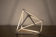 Lamps and Lighting – Home Decor : Designer Benjamin Migliore has created Molecula, a geometric lamp that doubles as a sculpture when not in use. -Read More – Design Light, Lighting Design, Deco Design, Lamp Design, Wood Design, Geometric Lamp, Retro Lighting, Futuristic Lighting, Handmade Lamps