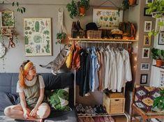 23 Clever DIY Christmas Decoration Ideas By Crafty Panda Bedroom Inspo, Room Decor Bedroom, Ideas Hogar, Future House, Aesthetic Rooms, Dream Apartment, Dream Rooms, My New Room, Interior Design Living Room