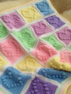 Look What Ive Made - Projects - Crochet - Bobble Hearts Blanket
