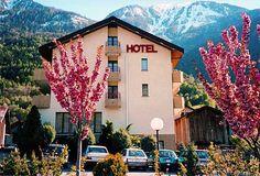 Hotel Central Parkseite. Schönes kleines Familienhotel im Wallis. Für Ferien zum Abschalten abseits des Alltags. Idealer Ausgangspunkt im Wallis, da sehr an zentraler Lage.