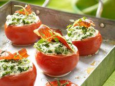 Hartelijk gevulde tomaatjes Healthy Diners, Healthy Snacks, Vegetarian Recipes, Cooking Recipes, Healthy Recipes, Dutch Recipes, I Want Food, Brunch, Good Food