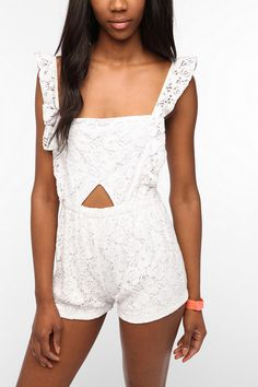 I love rompers!