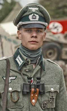 images of german officers uniforms | The Flickr Gestapo made me post this…