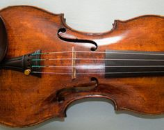 Excellent vintage 18th century antique violin labelled  Georg Klotz 1745, from the world renowned Klotz family.