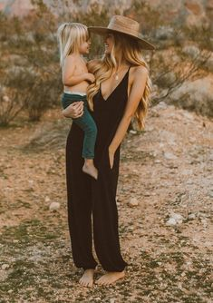 Shop the sexy and cute boho chic french terry lounge jumpsuit with a deep v-neckline, dropped plunge under arm. A casual and cozy jumpsuit for home! Casual Family Photos, Spring Family Pictures, Family Photos With Baby, Family Picture Outfits, Family Photoshoot Ideas, Poses For Family Pictures, Family Posing, Baby And Mom Pictures, Cowboy Family Pictures