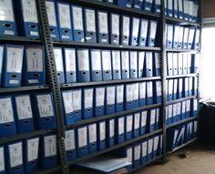 Arşiv raf sistemleri, günümüzde banka arşivlerinde, kurum arşivlerinde, noter arşivlerinde, küçük işletme arşiv alanlarında ve evrak istifleme yapılan bir çok alanda yaygın olarak kullanılmaktadır. Arşiv alanlarında daha fazla kullanım alana açar, arşivinizi düzen sokar ve evraklarını sıralı olarak dizmenizi sağlayarak size daha hızlı hizmet olanağı sağlamaktadır.
