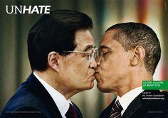 Unhate. Em campanha da United Colors of Benetton o presidente dos EUA, Barack Obama, aparece beijando o líder chinês, Hu Jintao.