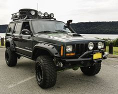 I'm the proud owner of this '99 Jeep Cherokee Sport with more than a few modifications throughout.
