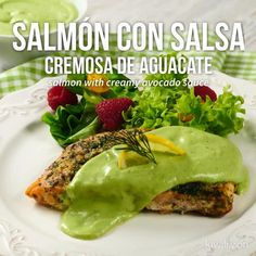 Video de Salmón con Salsa Cremosa de Aguacate – Atıştırmalıklar – Las recetas más prácticas y fáciles Fish Recipes, Seafood Recipes, Mexican Food Recipes, Cooking Recipes, Healthy Recipes, Salmon En Salsa, Seared Salmon Recipes, Creamy Avocado Sauce, Butter Salmon