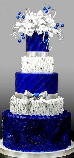 Blue and Siver Wedding Cake #weddingcakes