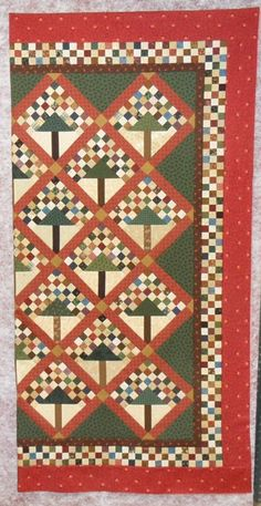 Keeping You in Stitches: {Post Tree of Life Border and Wild Geese Sashing Prospect Modern Christmas Tree Skirts, Christmas Tree Quilt Block, Christmas Tree Wallpaper, 9 Patch Quilt, Quilt Blocks, Civil War Quilts, Quilt Border, Sampler Quilts, Green Quilt