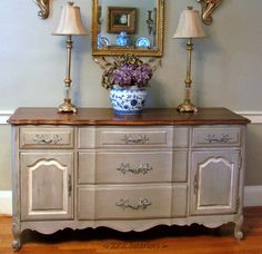 color French Linen...Chalk Paint® by Annie Sloan