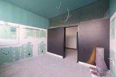 Tabakfabrik Linz: Die WC-Räumlichkeiten für das New-Media-Loft sind bereits im Entstehen.