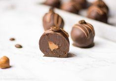 Nougat espresso truffle – make chocolates yourself – trüffel – Nutella Avocado Dessert, Best Espresso, Espresso Coffee, Iced Coffee, Nutella, Avocado Toast, Chocolates, Make Your Own Chocolate, Coffee Varieties