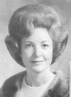 "Ray"" was Ray Whitehurst Nethery. Nethery and Emily Allbriton-Neth. 1960 Hairstyles, Older Women Hairstyles, Vintage Hairstyles, Prom Hairstyles, Blond, 1960s Hair, Vintage Magazine, Beehive Hair, Bouffant Hair"