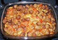 Batata - Bratwurst - Caçarola by bayern-tom Hamburger Meat Recipes, Sausage Recipes, Potato Recipes, Pork Recipes, Healthy Recipes, Sausage Casserole, Casserole Recipes, Hamburger Casserole, Bratwurst Recipes
