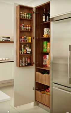 Another idea for replacing the cabinet at the kitchen