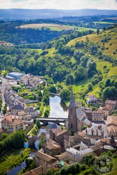 Saint Flour in the Cantal departement, Auvergne region, France ✯ ωнιмѕу ѕαη∂у Places Around The World, Oh The Places You'll Go, Places To Travel, Places To Visit, Around The Worlds, Travel Destinations, Belle France, France 3, France 2016