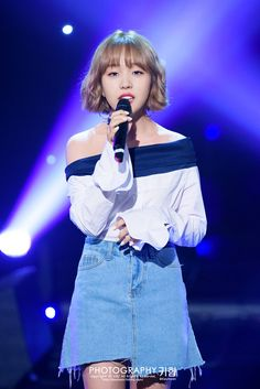 Baek A Yeon (백아연) @ 2016 MBC Live Harmony Baek A Yeon, Jeon Somi, K Pop Star, Jessica Jung, Talent Show, Saddest Songs, Queen, Female Singers, Korean Actresses