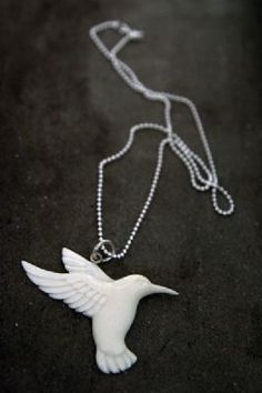 :: Carved bone humming bird necklace ::
