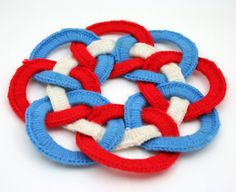 Vintage Pot Holder, hot pad, red, white, blue, patriotic, trivet, handmade, hot pan holder, Crocheted, Yarn Circle, Memorial day, Presidents Day, Veterans Day, Election Day, Independence Day, July 4th from SmilingCatVintage