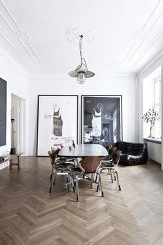 paris2london:  (via Antique home with lots of artwork - COCO LAPINE DESIGNCOCO LAPINE DESIGN)