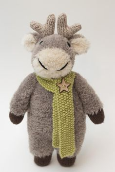 Rowan is a soft and snugly Reindeer who would just like to be hugged and cuddled! Find this adorable Christmas pattern and more knitting gift ideas at LoveKnitting.Com.
