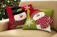 Set of 2 Holiday Snowman Accent Pillow Covers(Cojines Diy Ideas) Christmas Sewing, Noel Christmas, Christmas Stockings, Christmas Ornaments, Christmas Cushions, Christmas Pillow Covers, Xmas Crafts, Christmas Projects, 242