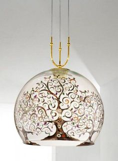 A hand-painted tree in warm and natural colours makes this lovely Italian glass pendant light rather enchanting.  www.italian-lighting-centre.co.uk/modern-glass-crystal/white-clear-glass-pendant-light-with-handpainted-tree-p-7863.html#.VP9bNuHeJL8