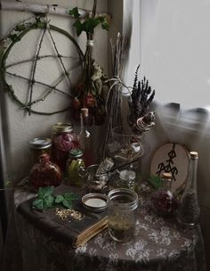 Altar and workspace Wiccan Decor, Wiccan Altar, Witch Cottage, Witch House, Witch Alter, Arte Van Gogh, Witch Room, Season Of The Witch, Pagan Witch
