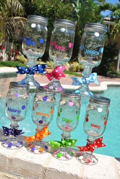 Redneck Wine glasses, personalized, bridal party or hostess gift Pot Mason, Mason Jar Wine Glass, Mason Jar Crafts, Redneck Wine, Redneck Party, Do It Yourself Design, Ideas Hogar, Painted Wine Glasses, Crafty Craft
