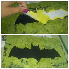 Dentro de poco es halloween y en el taller de plástica hemos realizado estos murciélagos para decorar el aula!