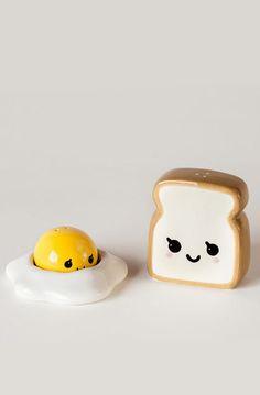 Fried egg + toast // salt + pepper set #product_design