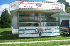 Shantz Elephant Ear Funnel Cake Trailer: 4/24/2014 (United States) - For sale is this 12 foot Shantz Elephant Ear Funnel Cake trailer with working hydraulics.  This is the extra tall model with