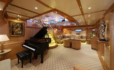 How to make an interior yacht look bigger