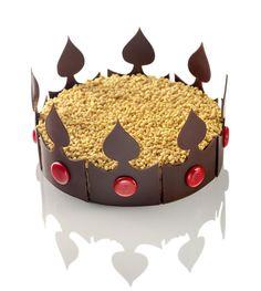 Gâteau des rois du Crillon http://www.vogue.fr/culture/carnet-d-adresses/diaporama/galette-des-rois-epiphanie-2013/11186/image/658093#gateau-des-rois-crillon