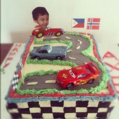 Racing car birthday cake...