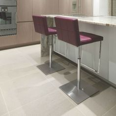 Versailles tumbled Limestone - Strathearn Stone and Timber