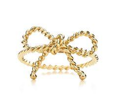 Tiffany & Co. | Item | Tiffany Twist bow ring in 18k gold. | United States