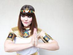 DIY Cleopatra Costume | MAKE: Craft