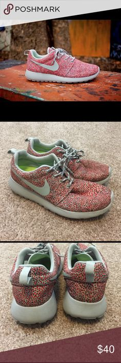"""Nike Roshe """"Dots Pack"""" These were worn only a couple of times! Size 8! No trades. Reasonable offers welcome! Smoke and pet free home :) Nike Shoes Athletic Shoes"""
